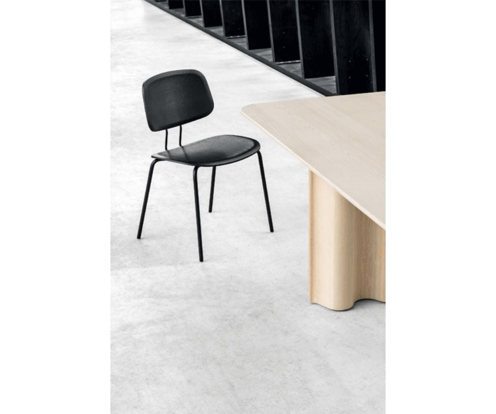 Okito Ply Dining Chair Zeitraum