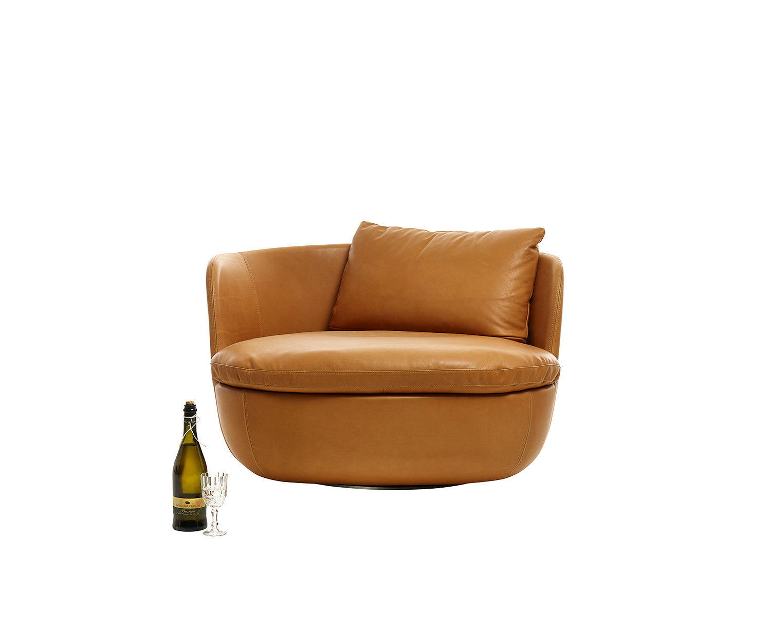 Bart Swivel Armchair Moooi