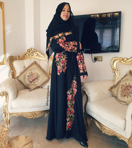 Zahra Black Closed Abaya