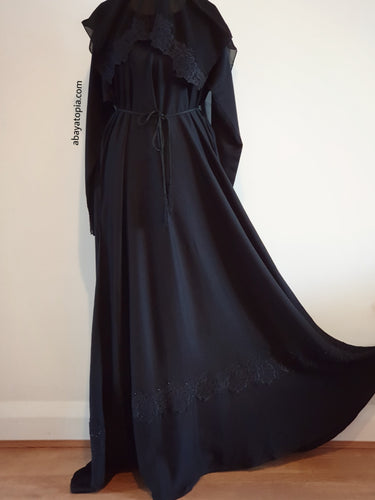 Black Stone Closed Flared Abaya - Full Set