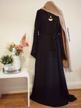 Plain and Simple Closed Abaya - Black
