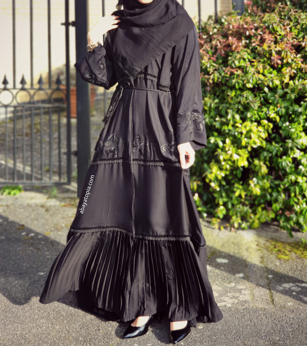 Raania Black-on-Black Embroidered Zip & Pleated Abaya - Full Set
