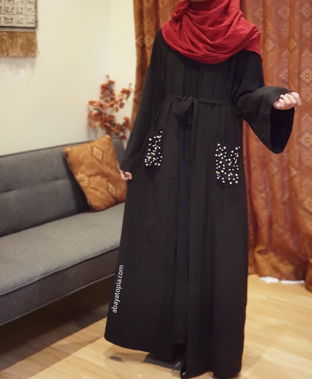 Pocket Full of Pearls Open Abaya - Black