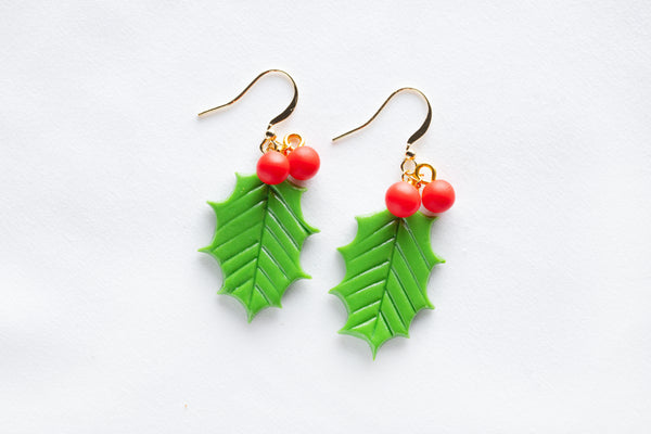 Single Leaf Mistletoe Hook Earrings