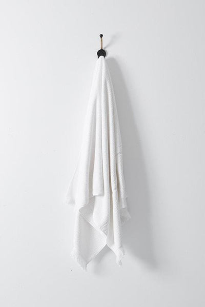 luxe bath towel white