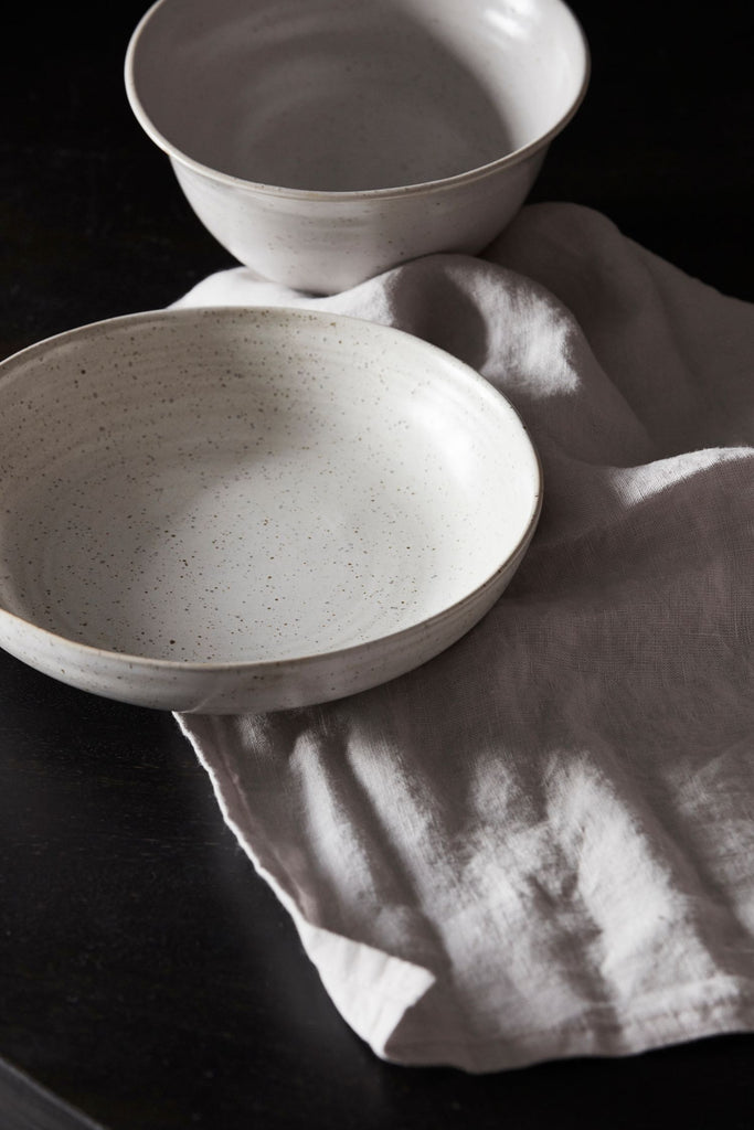 pion small bowl off white speckle