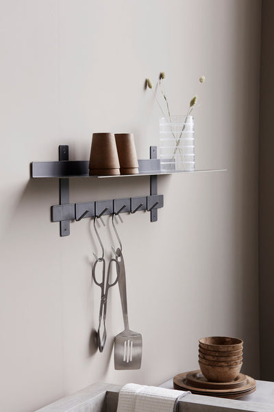 tag hanging rack