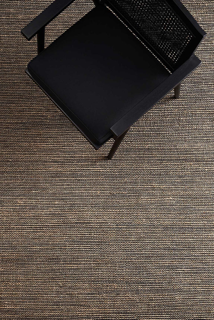 drift weave rug black/natural