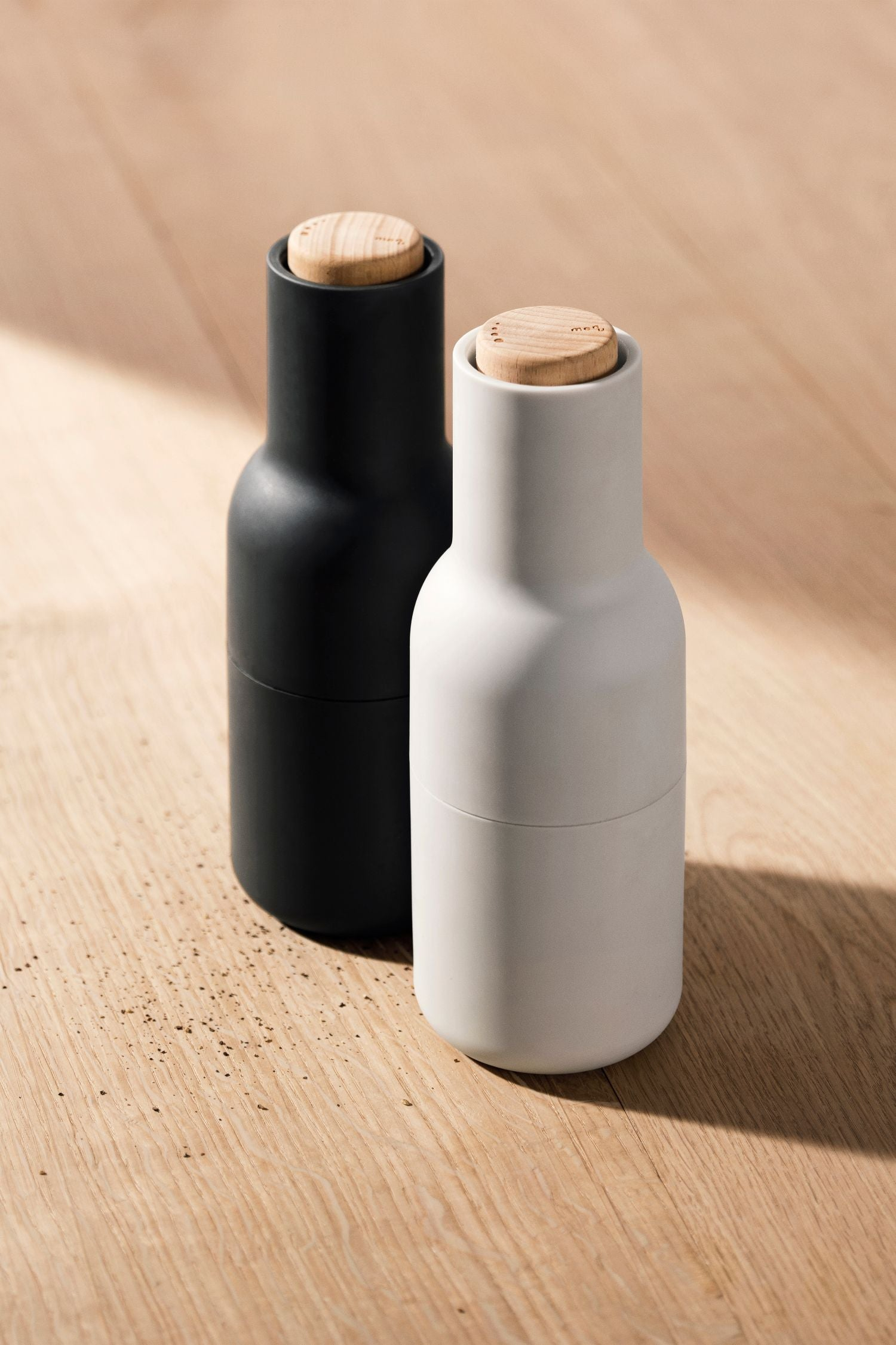 bottle salt + pepper grinders set/2 ash/carbon