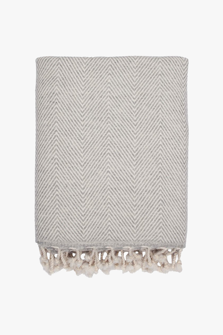 haze lambswool throw soft grey