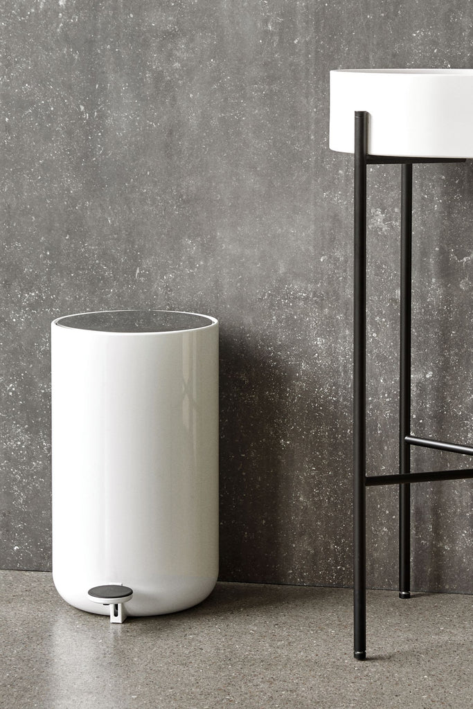 menu bathroom bin 7L white