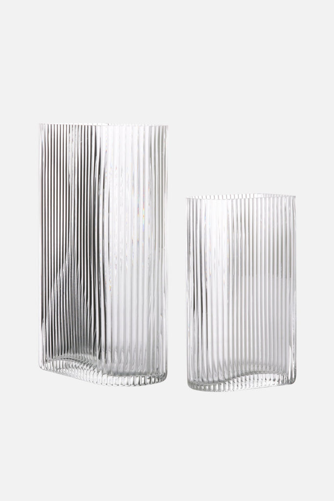 ribbed glass vases set of 2