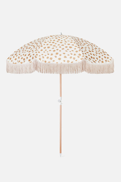golden sands beach umbrella