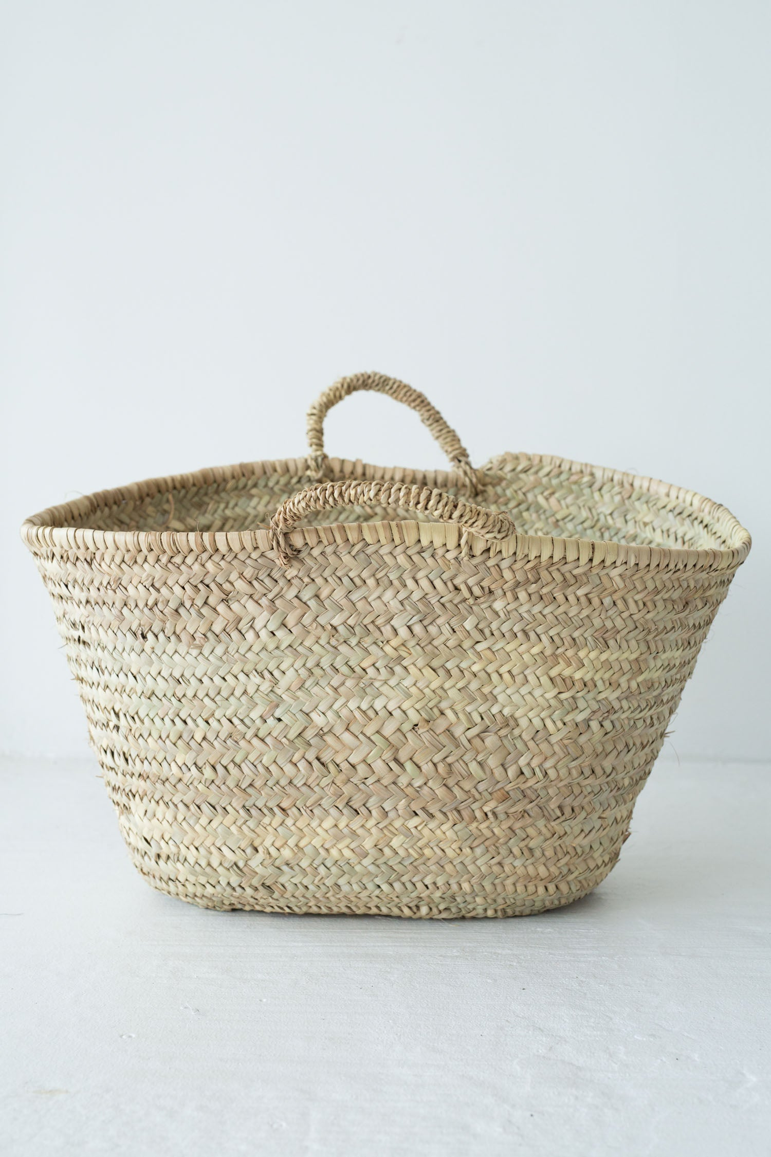 souk beach basket