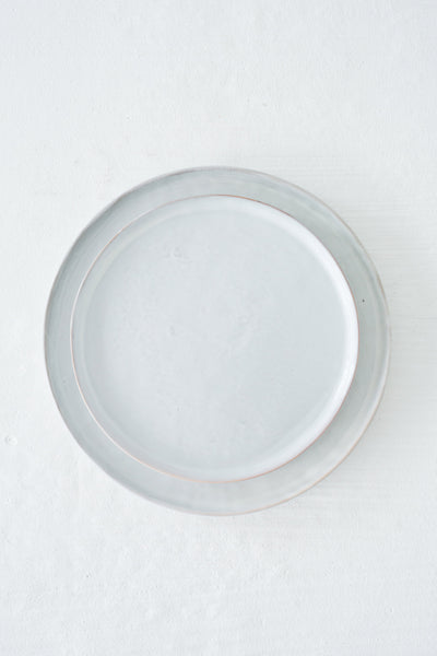 terra side plate pale grey