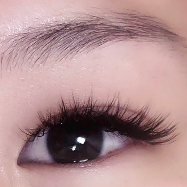 Lash extensions for monolid eyes