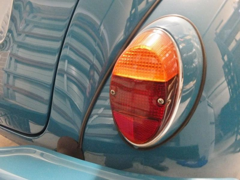 Tail Lamp Assembly Complete - VW Beetle - RH - Brand New - Suits Morris Minor Sedan