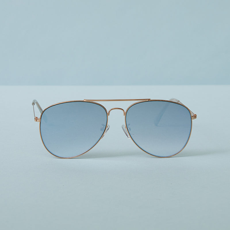 Aviator sunglasses with blue lenses