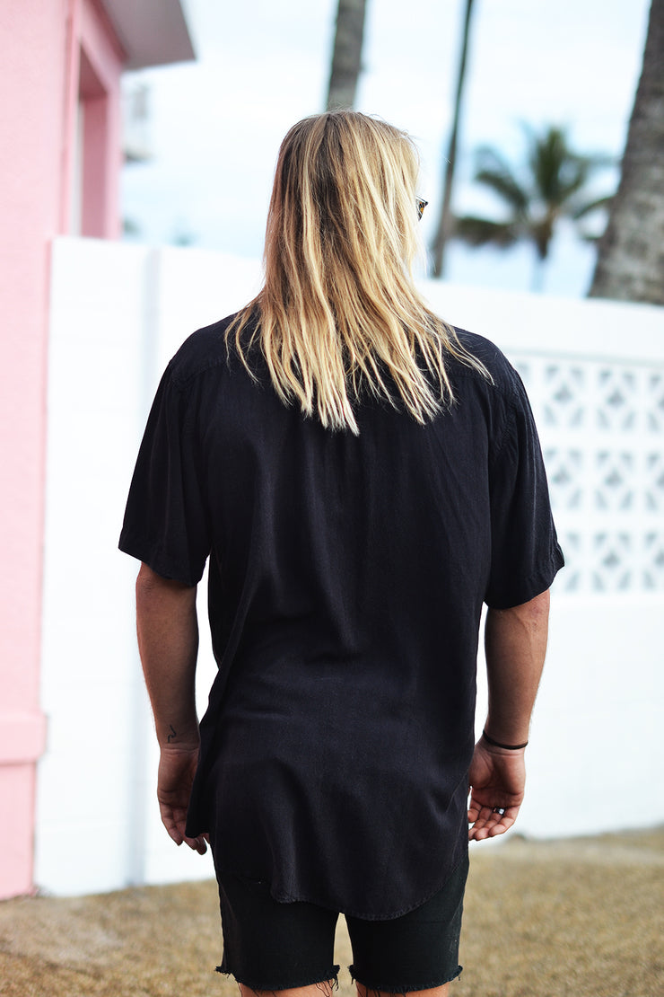 STAPLE BUTTON UP FADED BLACK - OLAS SUPPLY CO.