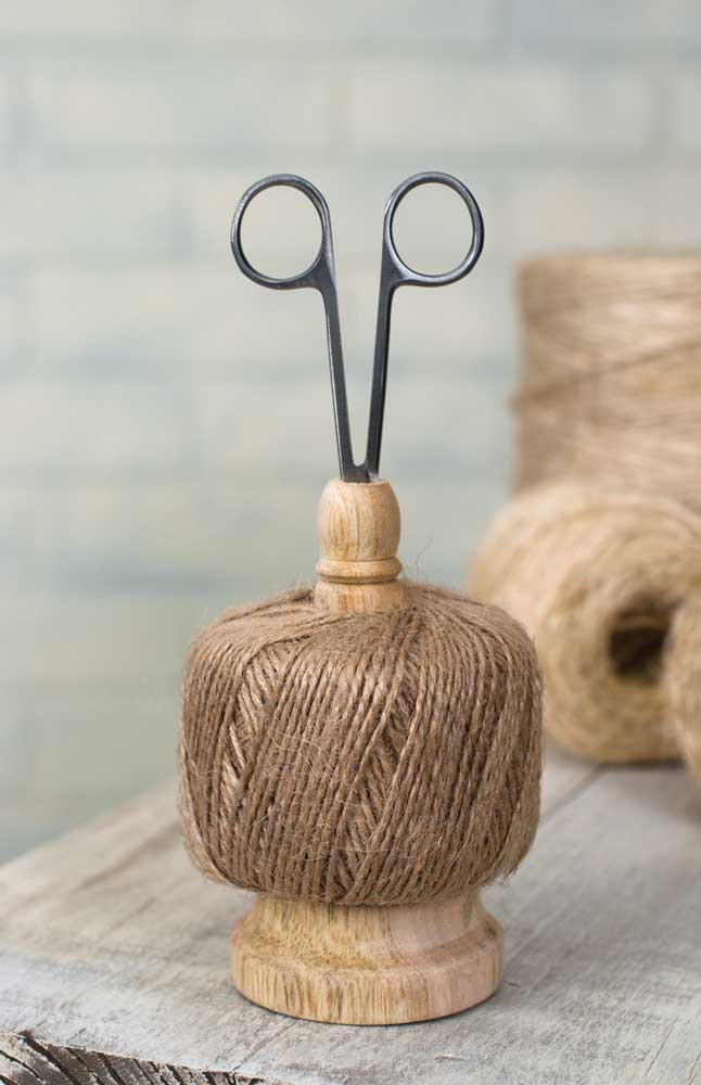 Twine Caddy with Scissors