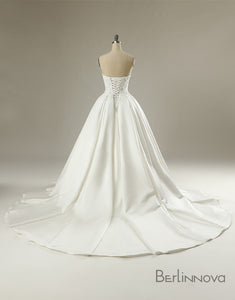 Simple Ball-Gown Sweetheart Backless Wedding Dress