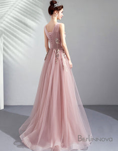 Chiffon A-Line Pink Wedding Party Dress with Appliques