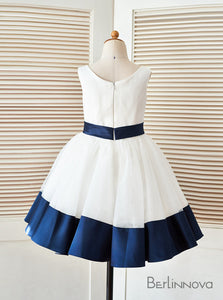 A-Line Pleated Satin Flower Girl Dresses with Bow