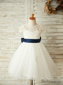 Princess Knee-Length Cap Sleeve Lace Flower Girl Dresses with Sash