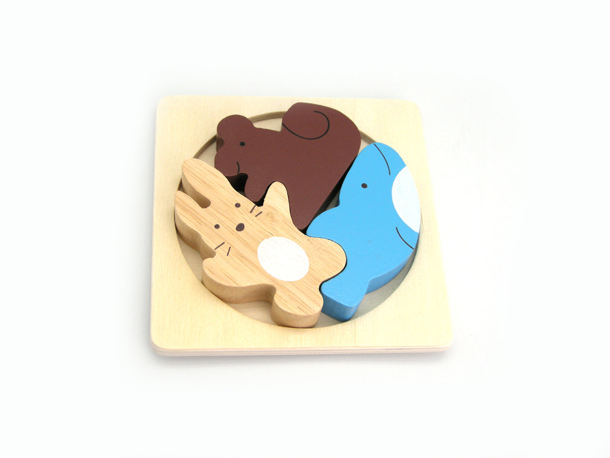 Whale and friends stacking puzzle