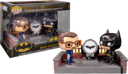 Batman Begins Funko Pop! Movie Moment Batman and James Gordan with Light-Up Bat-Signal #291