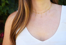 choker necklace dangling pearls