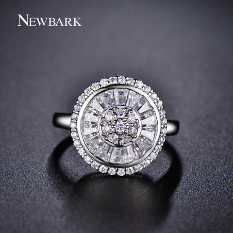 Beautiful Elegant Shining Vintage Ring