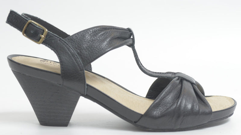 Piccadilly 320127-755 Women Comfortable Sandal Black