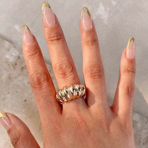 Icon Croissant Ring