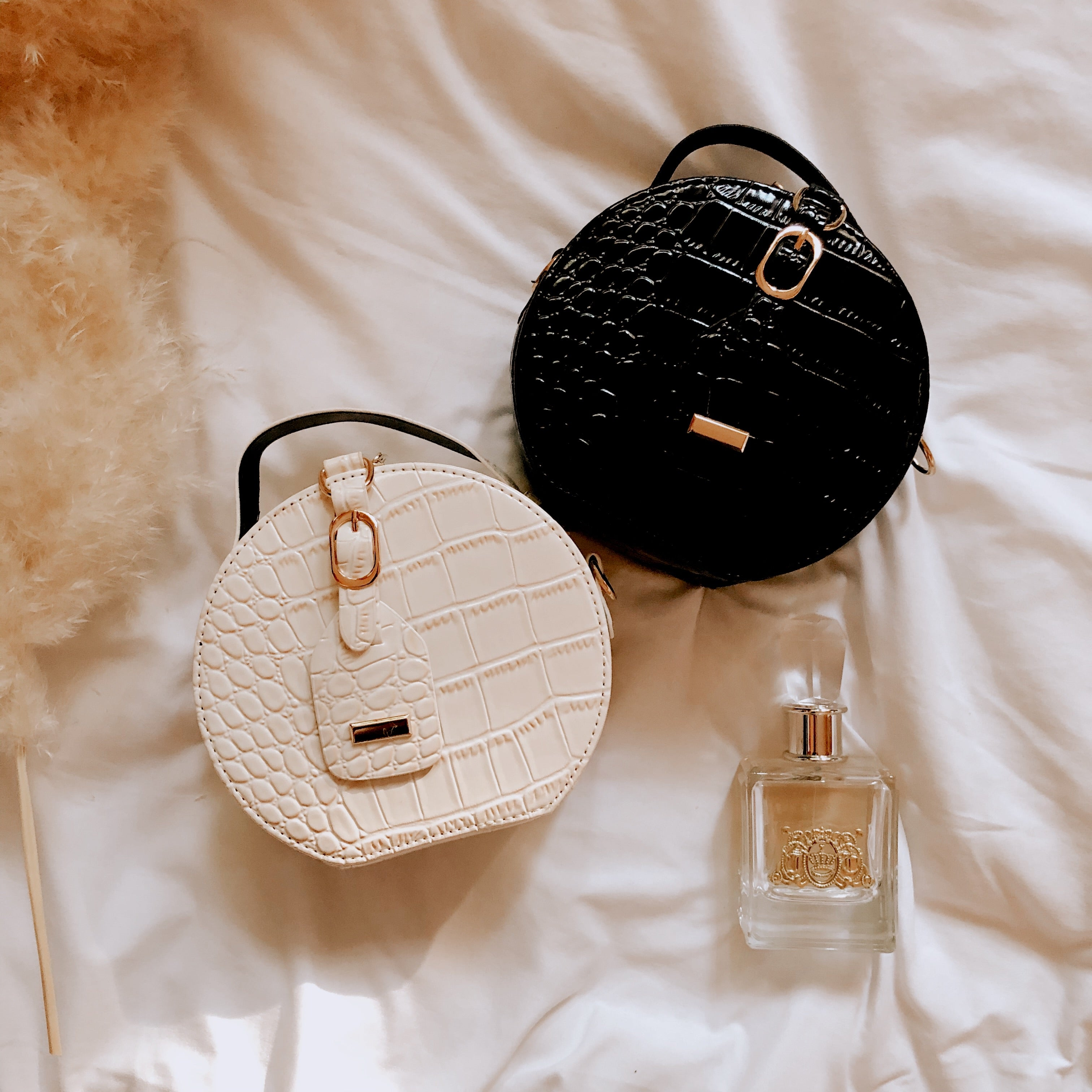 Wifey Material Round Bag - Black