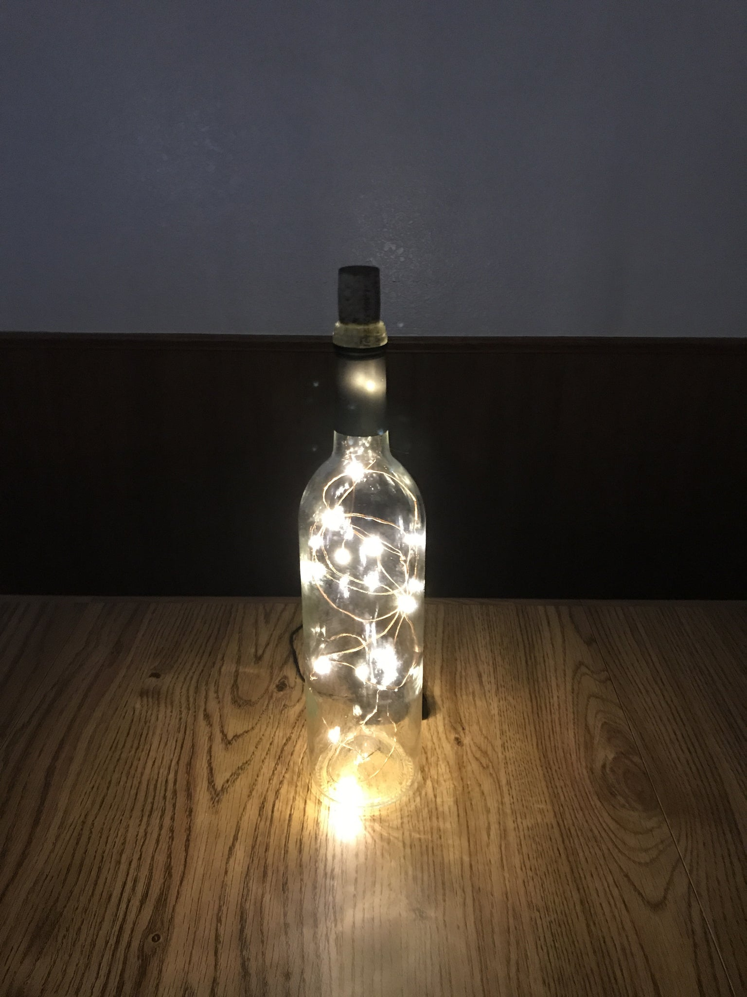 Generic Wire Lamp – Bottle Lamps