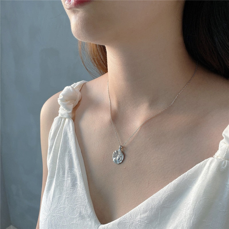 Real 925 Sterling Silver Women Fashion Queen Head Portrait Coin Pendant Necklace