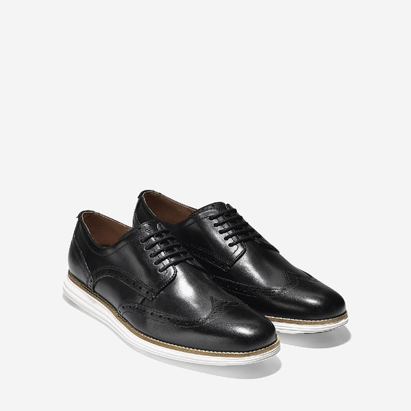 Black/White Original Grand Wingtip Oxford Shoe