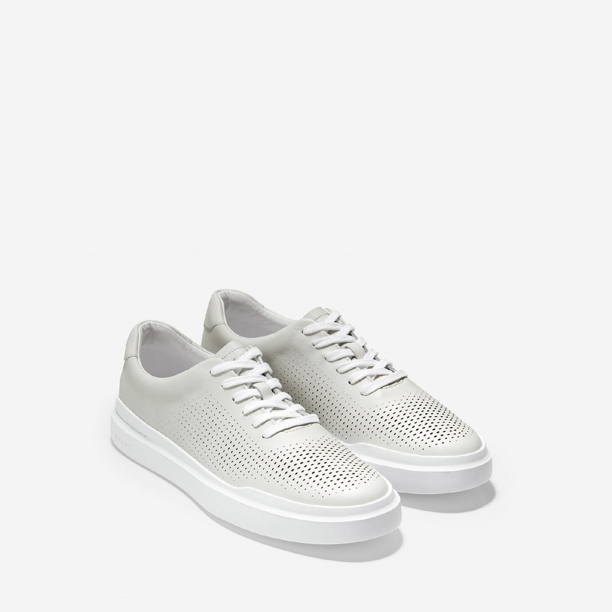Men's GrandPrø Rally Laser Cut Lace Up Trainer White