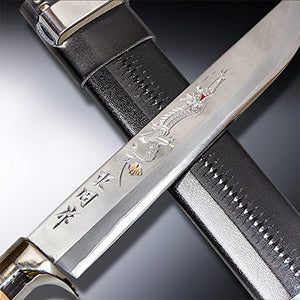 "HONMAMON ""AZUMASYUSAKU"" Hunting Knife Carving of DRAGON 240mm Japanese Outdoor Knife"