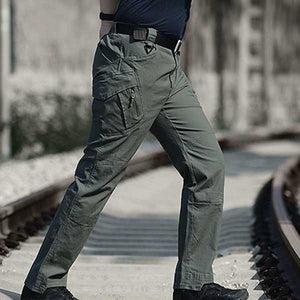 Multi-Pocket Loose Pant