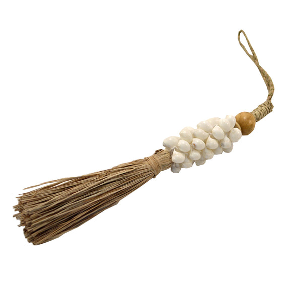 Shell Rattan Tail Tassel