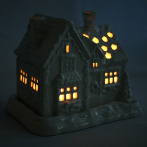 Porcelain cottage Tealight holder
