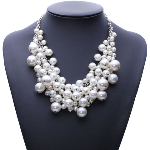 Trendy fashion pearl necklace
