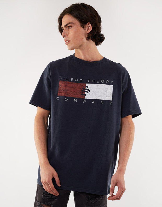 Cracked Flag Tee Navy