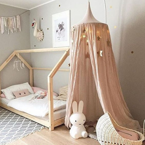 pink canopy childrens room