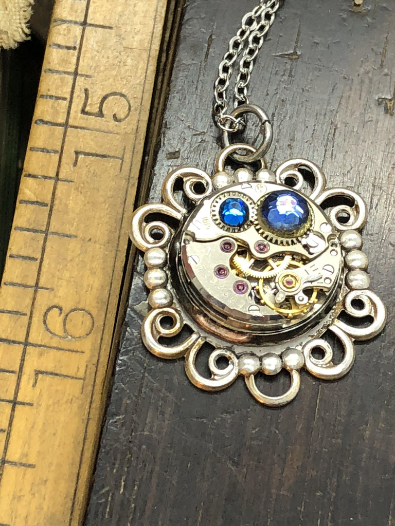 Birthstone Pendant - The Victorian Magpie