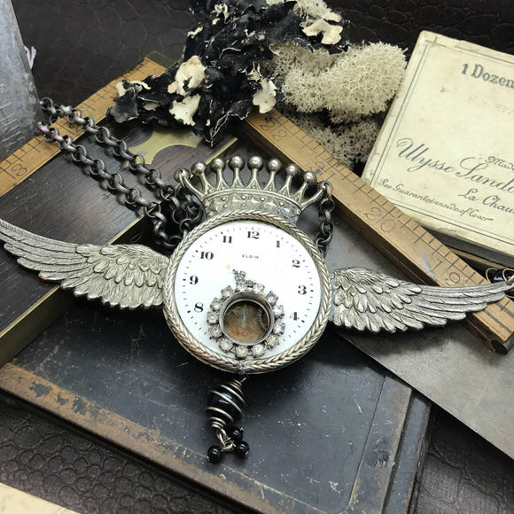 Time Fly's Steampunk Necklace - The Victorian Magpie