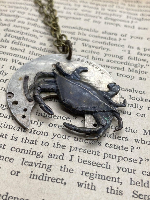 Quincy, Crab Necklace - The Victorian Magpie