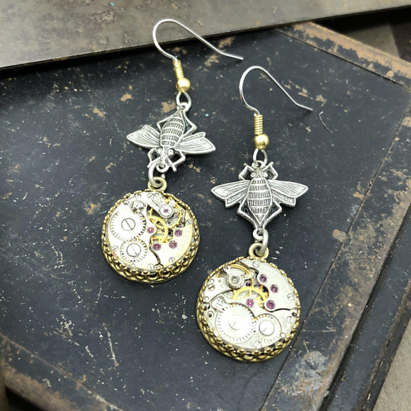 Hanna, Dangle Bee Watch Earrings